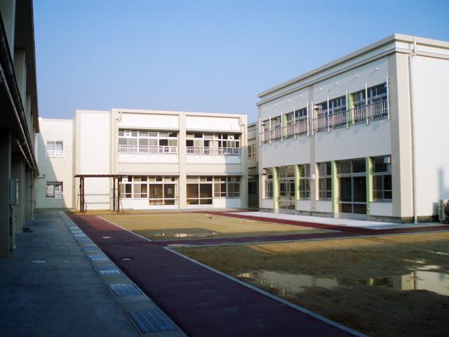 滋賀県立八日市養護学校改築工事の写真